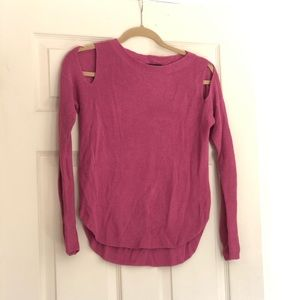XS EXPRESS COLD SHOULDER SWEATER